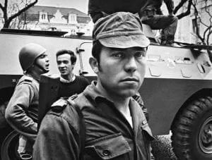 Capitão Salgueiro Maia, o cérebro por trás dos movimentos heroicos da revolução (cais do olhar)