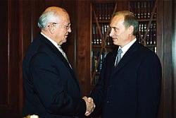 Intransigência de Putin ameaça estabilidade russa, diz Gorbachev