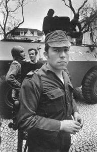 Capitão Salgueiro Maia durante as operações (casa comum)
