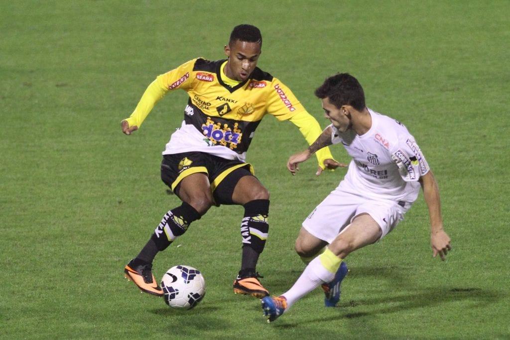 Criciúma enfrentou o Santos nesse final de semana (Foto: Fernando Ribeiro/Criciúma E.C.)