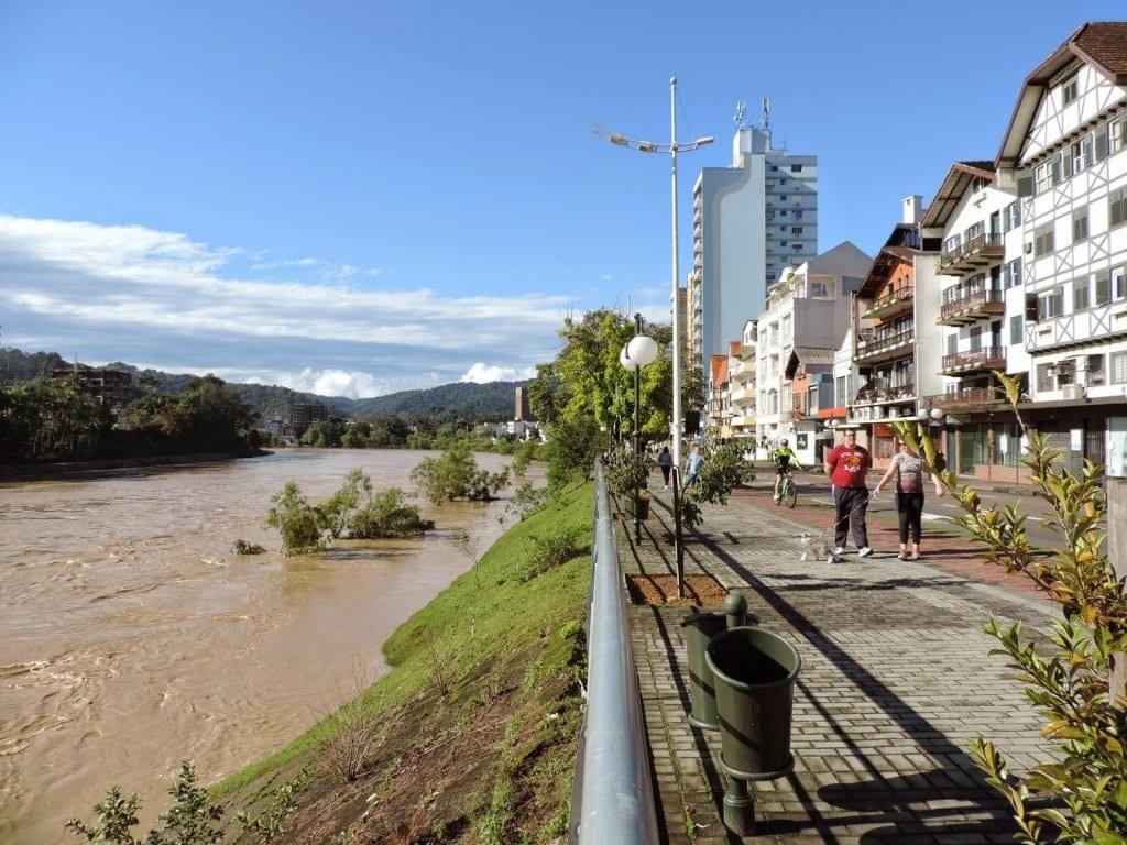 Beira Rio em Blumenau (Jaime Batista)