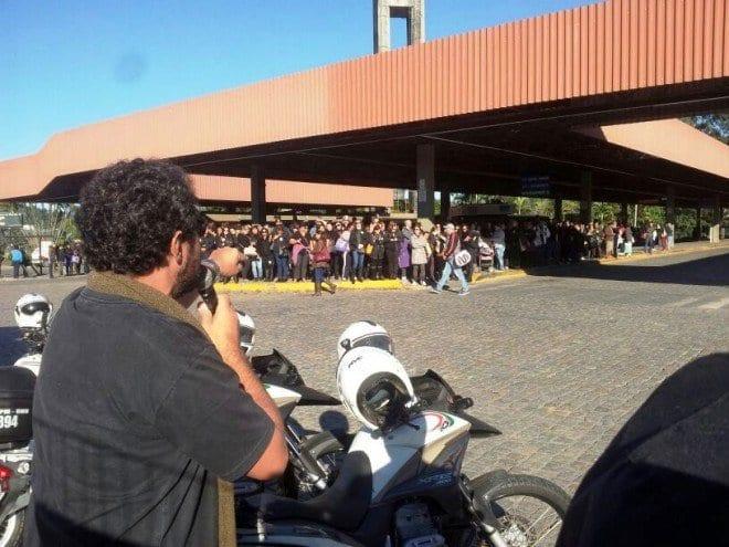 Sindicalistas no terminal da Fonte (Rádio Nereu Ramos)