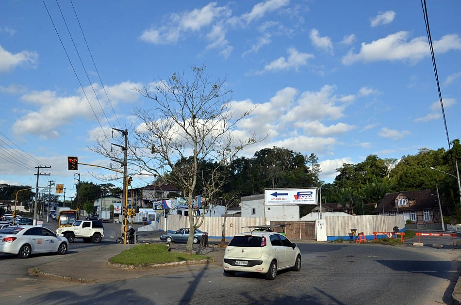 Retorno da Rua Bahia (Eraldo Schnaider)