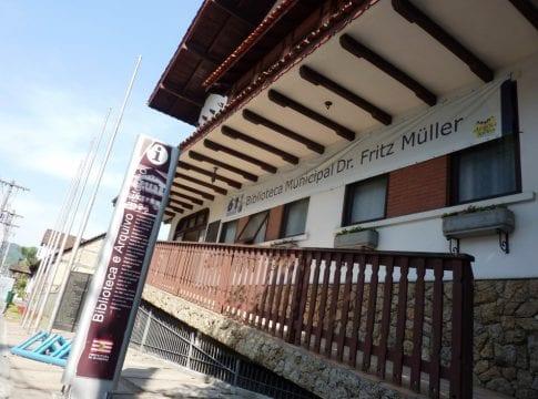 Arquivo Histórico Professor José Ferreira da Silva, anexo a biblioteca municipal (Sérgio Antonello - FCB)