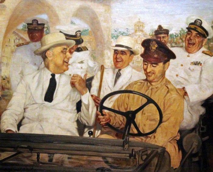 """Franklin Roosevelt fazendo piada com Getúlio na Bahia. Aproximação dos EUA na Guerra mudou a """"visão fascista"""" do presidente brasileiro (Wikipedia)"""