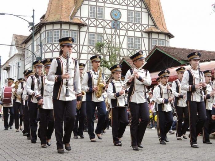 Tradicional banda da EBM Machado de Assis (Jaime Batista da Silva)