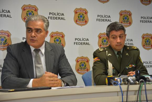 933743-policia federal-3