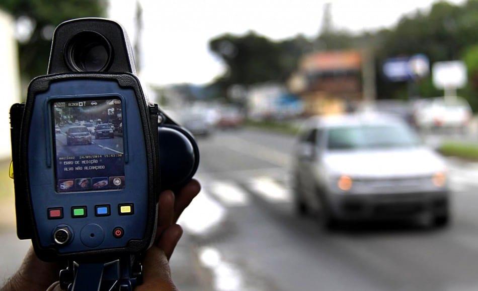 Fiscalização com radares estáticos continua (Marcelo Martins)