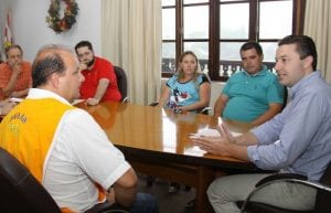 Reunião (Marcelo Martins)