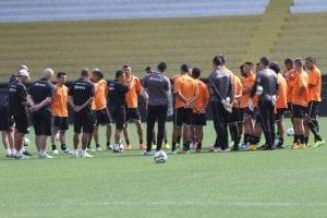 Tigre treina (Fernando Ribeiro)