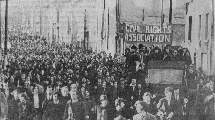 Milhões de católicos vão as ruas em 1972. Era um domingo, tragicamente marcado a sangue. (Viking Vag)