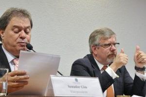 Senador Gim (PDT-DF) e deputado Marco Maia (PT-RS)  (Geraldo Magela/Agência Senado)