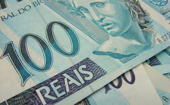 Brasileiro poupou mais em 2017