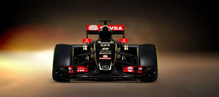 """Estilo do novo bico risca de vez o """"bico-tomada"""" do ano passado (Lotus F1 Team)"""