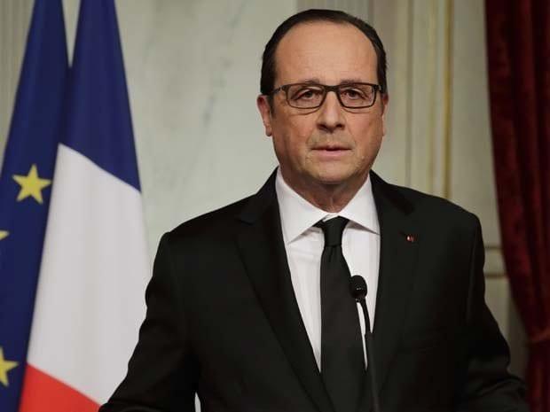 Hollande: Luto oficial e conclamação a união do povo (Philippe Wojazer/Reuters)