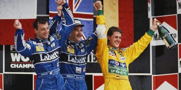 Mansell (meio), Patrese (esq) e Schumacher (dir). O último pódio do GP do México, em 1992 (Huffington Post)