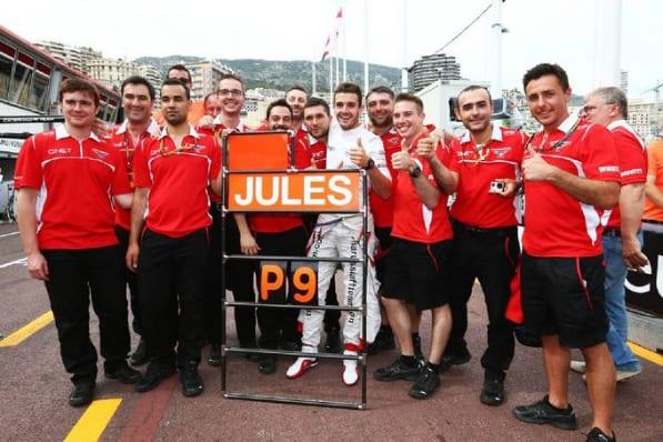 Primeiros pontos do team, garantidos por Bianchi (centro) em Mônaco garantiram o 10º lugar nos construtores e um prêmio em dinheiro que cortou as dívidas pela metade (Divulgação)