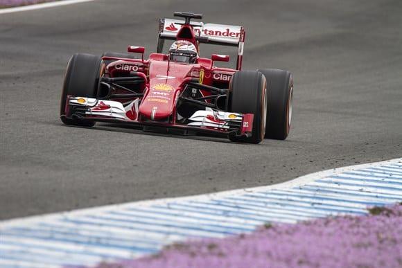 Motores Ferrari tem andado bem nos primeiros testes, agradando a Vettel e Raikkonen (Xavi Bonilla/Grande Premio)