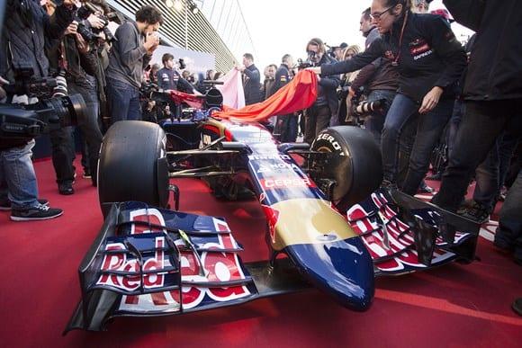 Bico em forma de seta e um renovado motor Renault (Xavi Bonilla/Grande Prêmio)