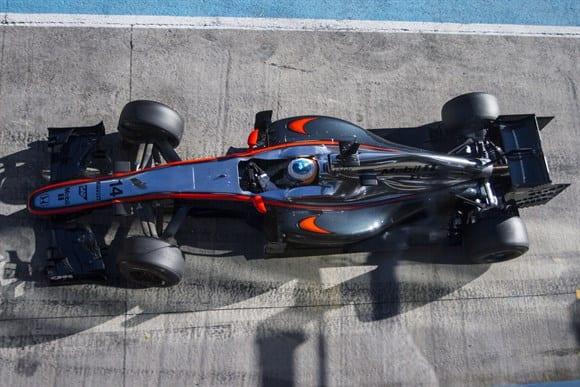 McLaren ainda procura, com tranquilidade, resolver falhas no MP4/30 (Xavi Bonilla/Grande Premio)