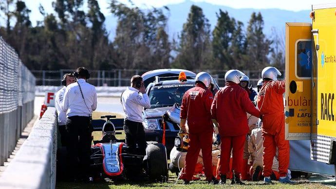 Resgate a Fernando Alonso na Espanha. Ate hoje a F1 se pergunta o que de fato aconteceu com o espanhol dentro do McLaren (Mark Thompson / Getty Images)