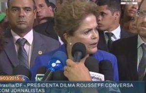 Dilma Rousseff conversa com jornalistas (NBR)