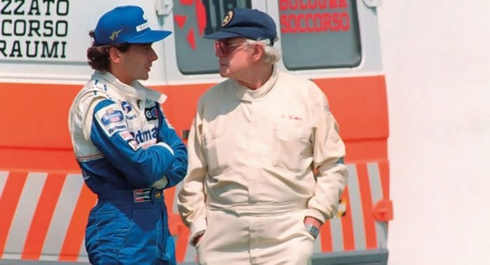 Senna e Sid Watkins, médico britânico especializado em neurologia, uma das mais icônicas figuras da F1 (Reprodução)