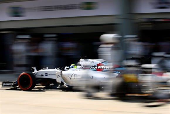 Massa sai dos boxes. Serviços de pit ruins, queda de rendimento. Problemas na Williams preocupam (Getty Images)