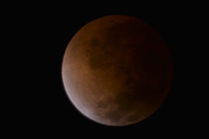 911199-eclipse20lunar_9_1