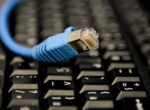 Cabo de rede de internet (Edilson Rodrigues/Agência Senado)