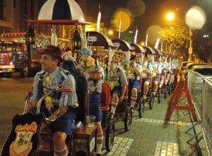 Desfile da Oktoberfest também vai modificar o trânsito neste final de semana - foto de Jaime Batista