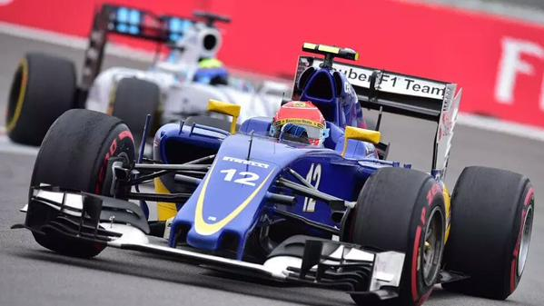 Felipe Nasr saiu de 12º, chegou a andar em terceiro no melhor da prova e terminou com méritos em sexto (Globo)