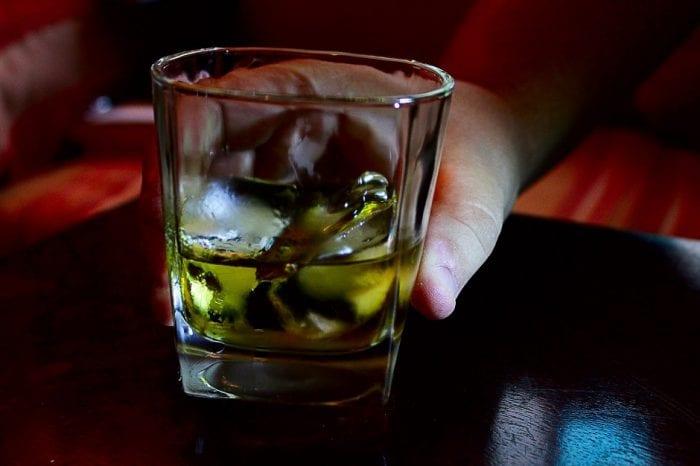 Consumo de bebida alcoólica (USP Imagens)