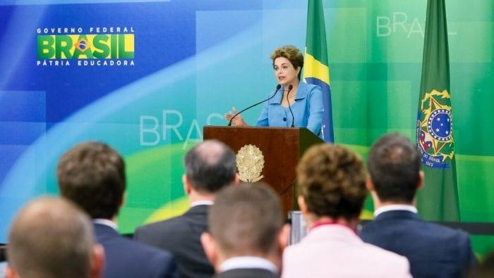 Presidente Dilma Rousseff durante declaração à imprensa. (Roberto Stuckert Filho/PR)