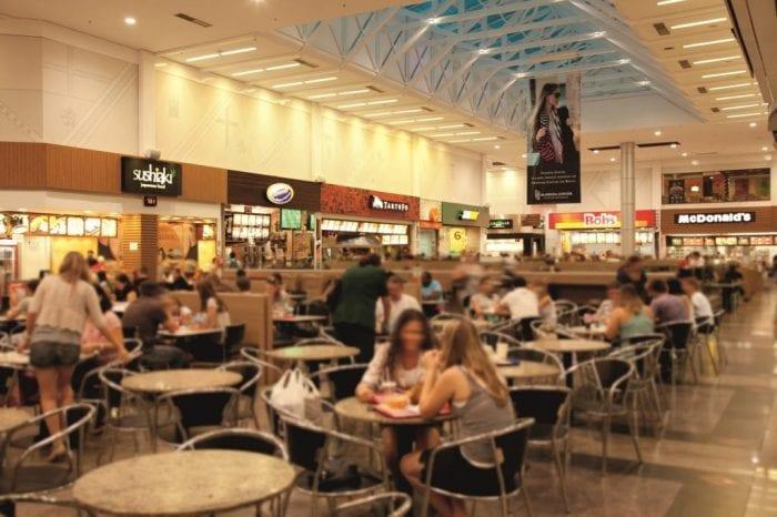 Praça de alimentação do Neumarkt - foto da assessoria