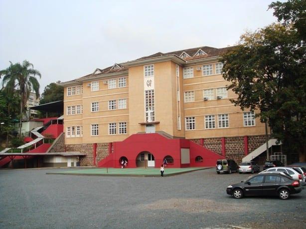 Colégio Sagrada Família (Adalberto Day)