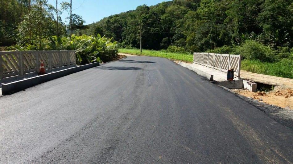 ponte-da-rua-wigand-zindars-na-vila-itoupava-esta-liberada-ao-transito