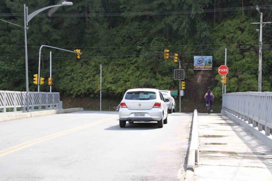 semaforo-da-ponte-preta-entra-em-funcionamento