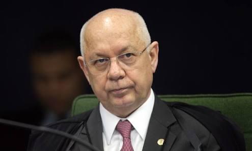 Ministro Teori Zavascki morreu em janeiro de 2017 na queda de um avião