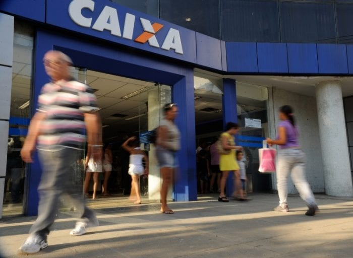 Caixa Econômica e Banco do Brasil divulgam calendário de saque do PIS/Pasep (Tania Rego)