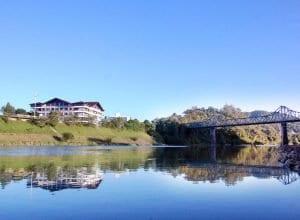 Rio Itajaí-Açu é uma das belezas de Blumenau - foto de Eraldo Schnaider