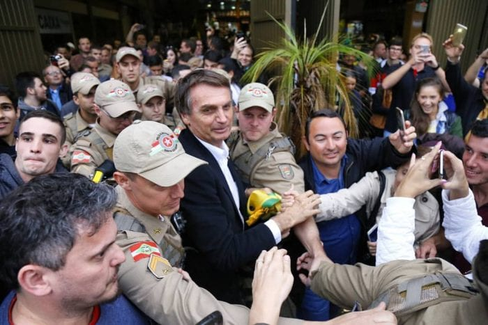 Bolsonaro durante visita a Blumenau em 2017 - foto de Giovanni SIlva