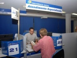 Governo convoca beneficiários da previdência social
