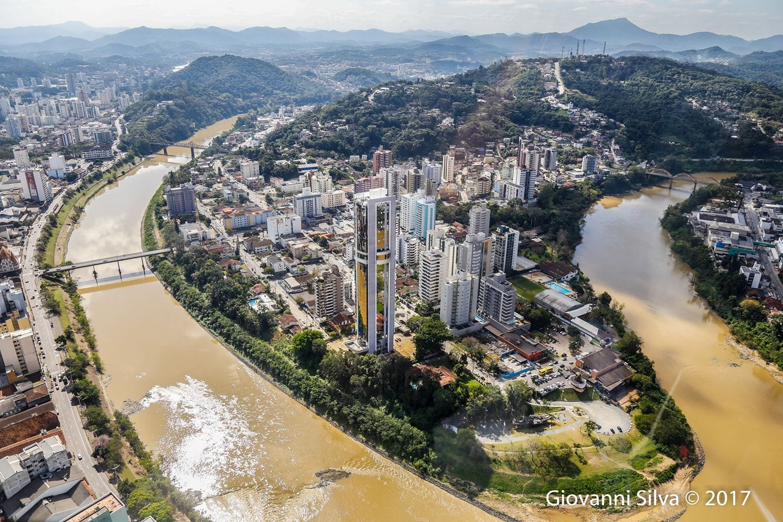 Cronicas sobre a educação no brasil