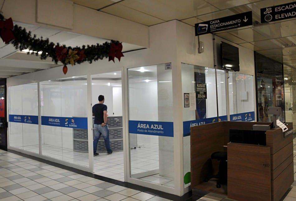 Novo posto de atendimento da Área Azul no Shopping H (Eraldo Schnaider)