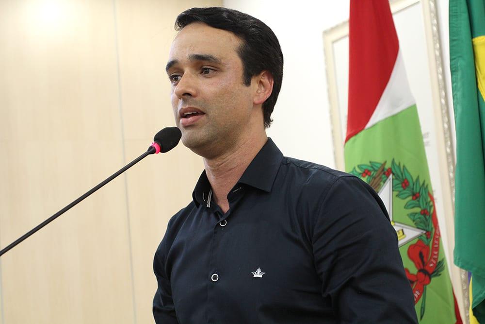 Marcos da Rosa assume comando do Executivo (CâmaraBlu)