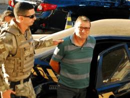 Cesare Battisti um assassino, que a imprensa insiste chamar de ativista (AFP)
