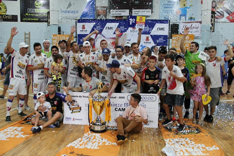 APF fatura a Taça Uniasselvi do Torneio de Verão (André Moser/PMI)