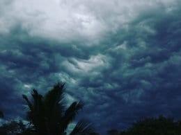Nuvens escuras em Blumenau (André/Leitor do Farol)