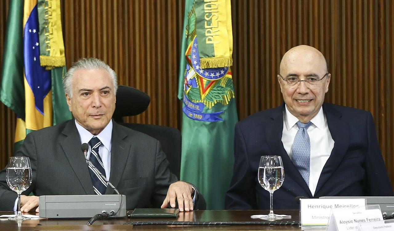 Presidente Michel Temer e o ministro da Fazenda, Henrique Meirelles durante reunião (Marcelo Camargo/Agência Brasil)